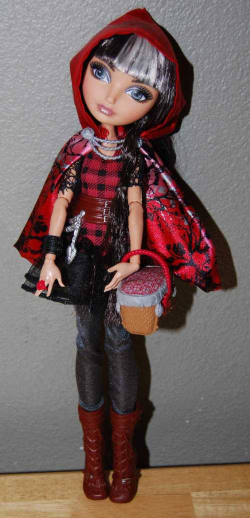 Ever after doll cerise hood 7