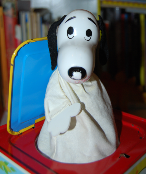 Snoopy in the music box 1966 x