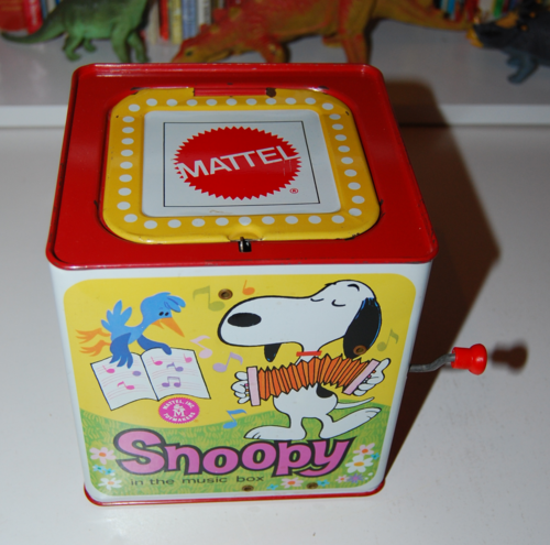 Snoopy in the music box 1966 3