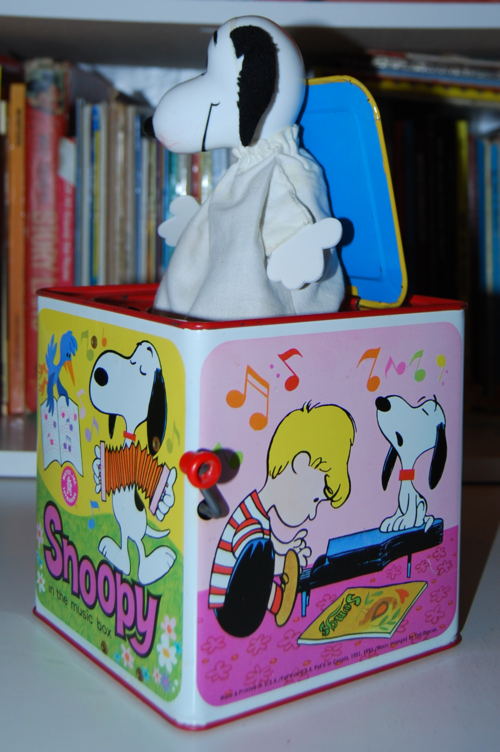 Snoopy in the music box 1966 2