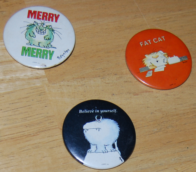 holiday pins & buttons
