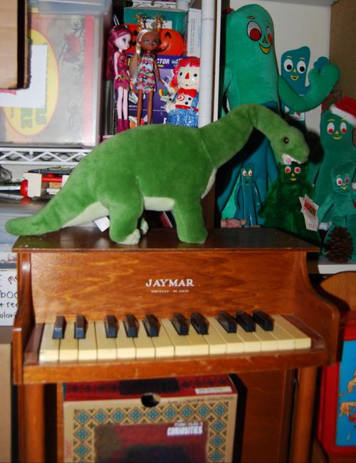 Dinosaur plush toy 1