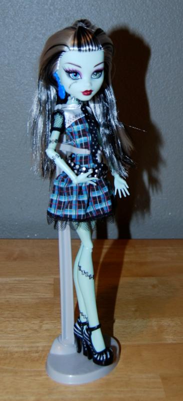 Monster high frankie stein doll 2