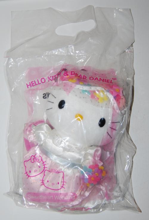 Hello kitty & dear daniel toys 1
