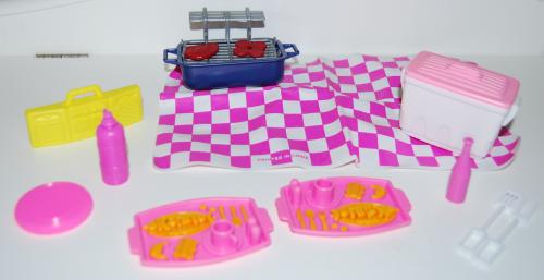 Barbie grill picnic set