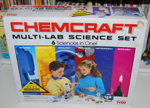 Tyco chemcraft multi lab science set