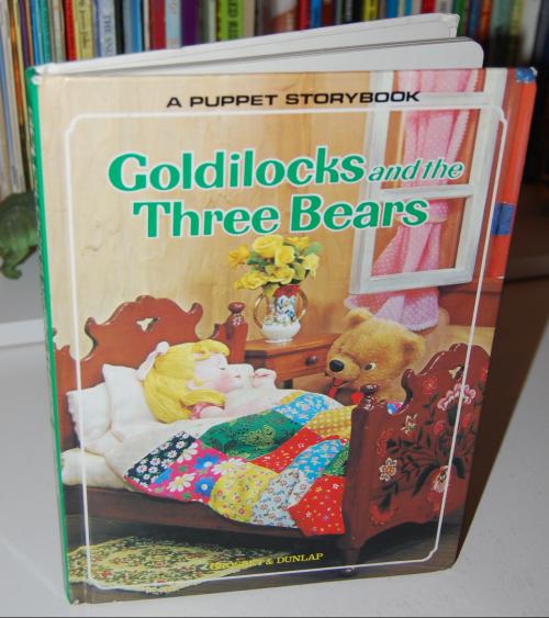 Goldilocks puppet storybook