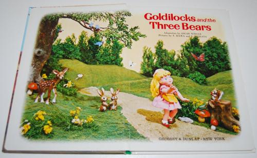 Goldilocks puppet storybook 1