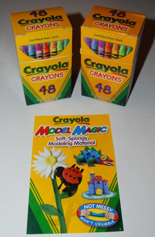 Crayola's wizard's giant box of crayons 2