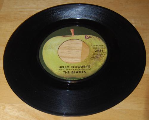 Vintage vinyl beatles 45s 7x
