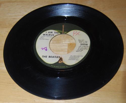 Vintage vinyl beatles 45s 7