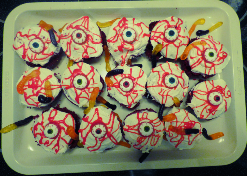 Crawling with worms eyeball cupcakes