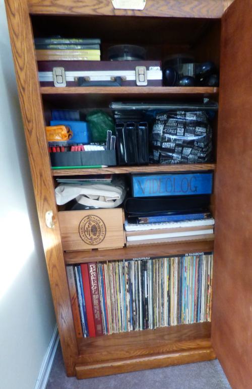 Vinyl icebox