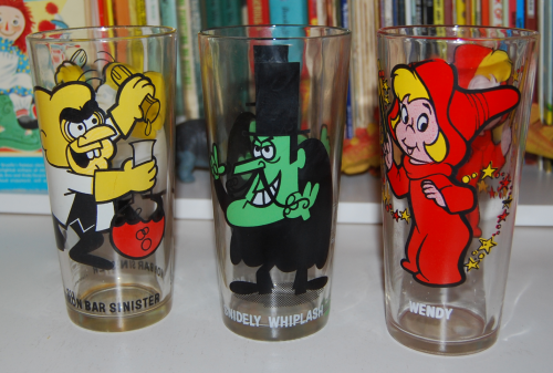 Vintage collector series cartoon glasses x