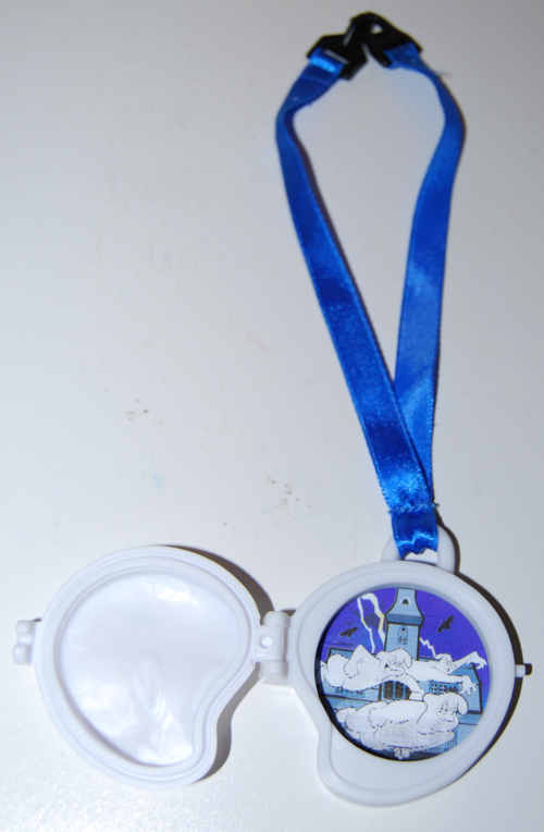 Casper the ghost winky locket toy