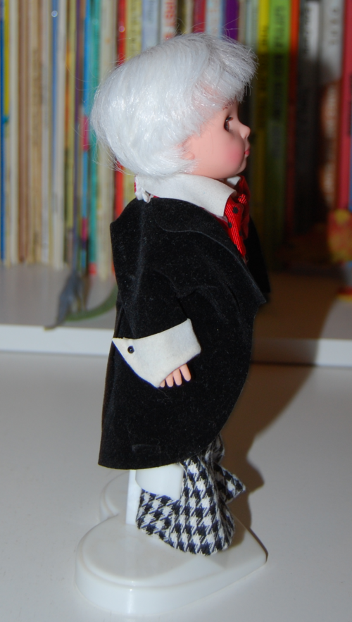Madam alexander mad hatter doll 3