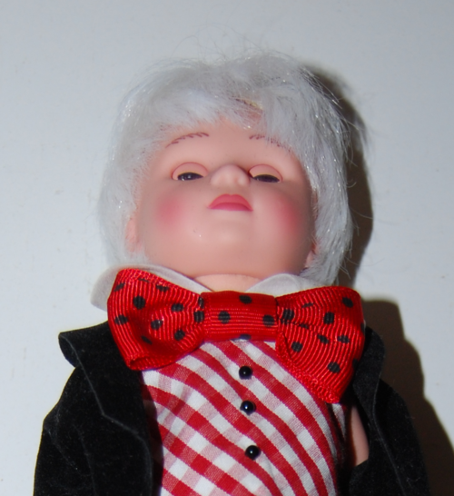 Madam alexander mad hatter doll 10