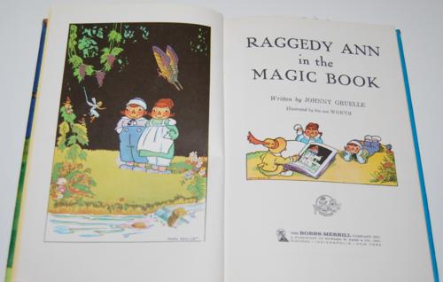 Raggedy ann in the magic book 1