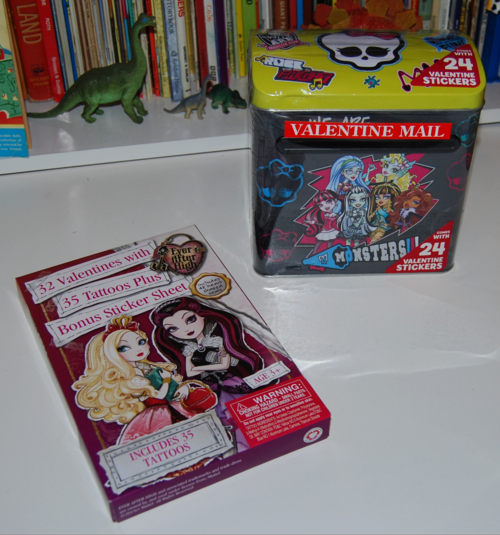 Monster high valentine mailbox 4