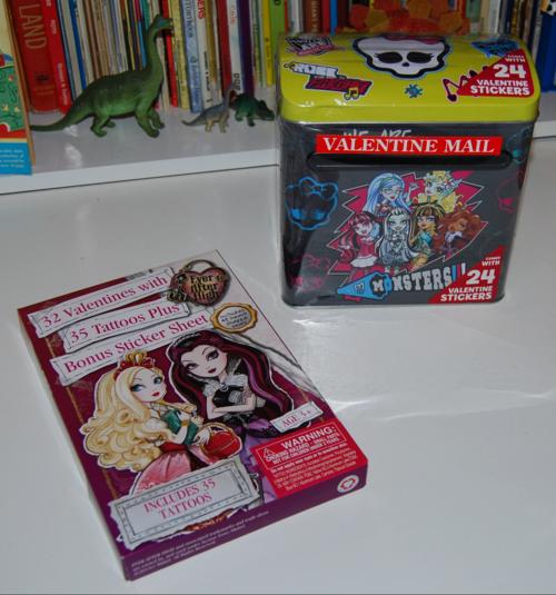 Monster high valentine mailbox 4