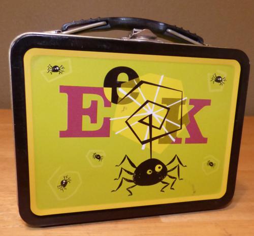 Eek spider tin