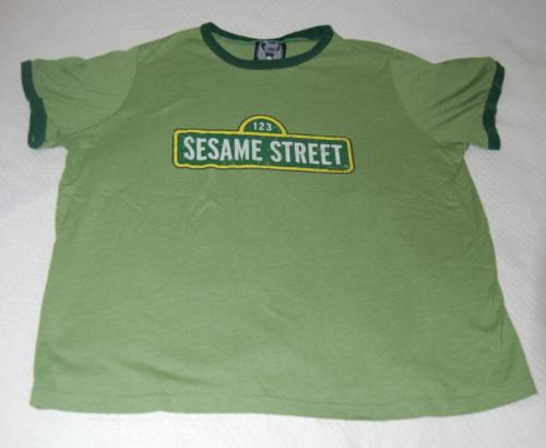 T shirts sesame street