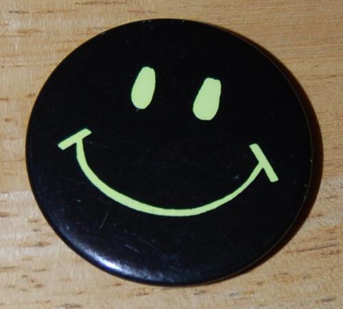 Buttons & pins 1