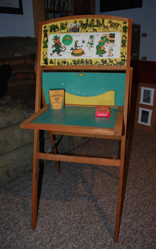 Vintage school desk 1