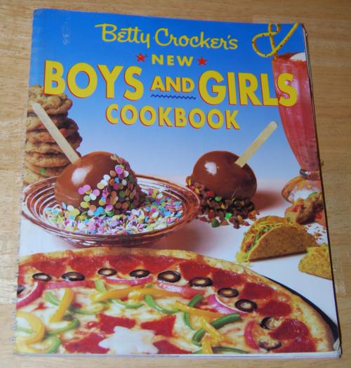 Betty crocker new boys & girls cook book