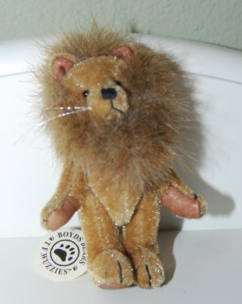 Boyd's bears lion toy