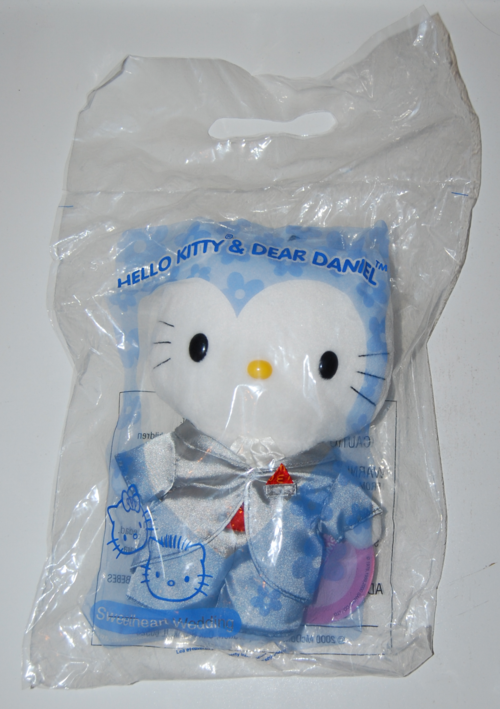 Hello kitty & dear daniel toys