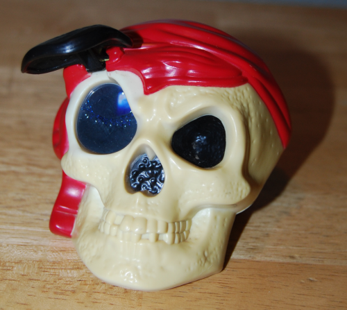 Pirates of the caribbean happy meal toys 2 (2)