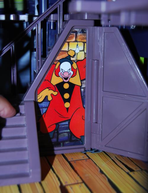 Scooby doo haunted house 15