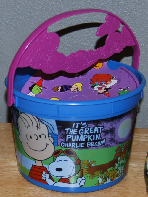 Peanuts halloween happy meal pails 2016 xx