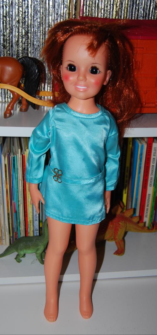 Vintage crissy dolls (2)