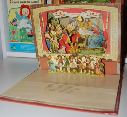 The childrens' theater antique pop up book 4