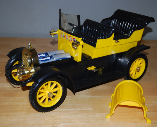 Remco flying dutchman car 14