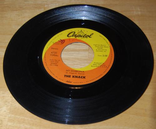 Vintage vinyl 45s 18