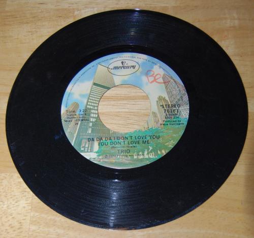 Vintage vinyl 45s 3