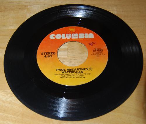 Vintage vinyl beatles 45s 4x