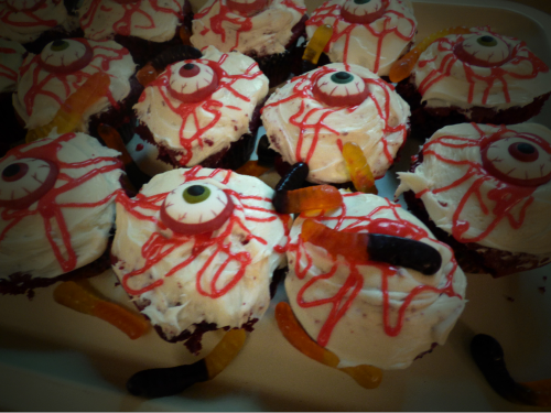 Crawling with worms eyeball cupcakes xxx