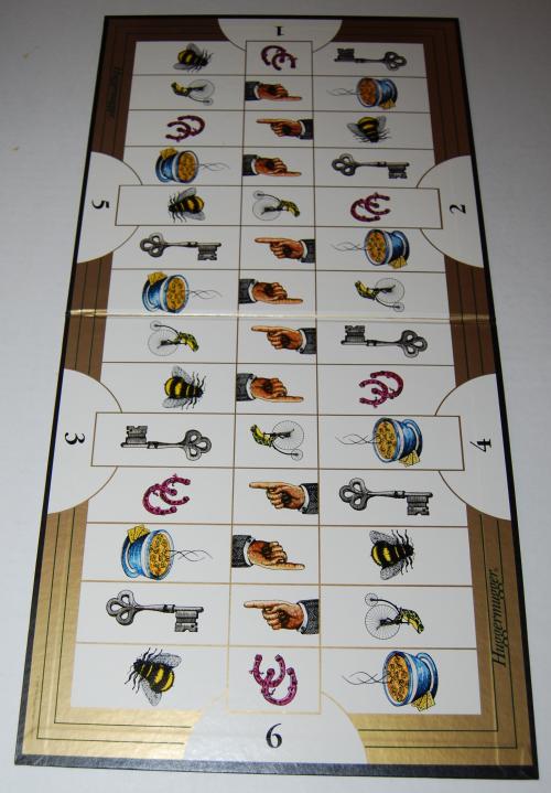 Huggermugger board game 1