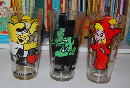 Vintage collector series cartoon glasses