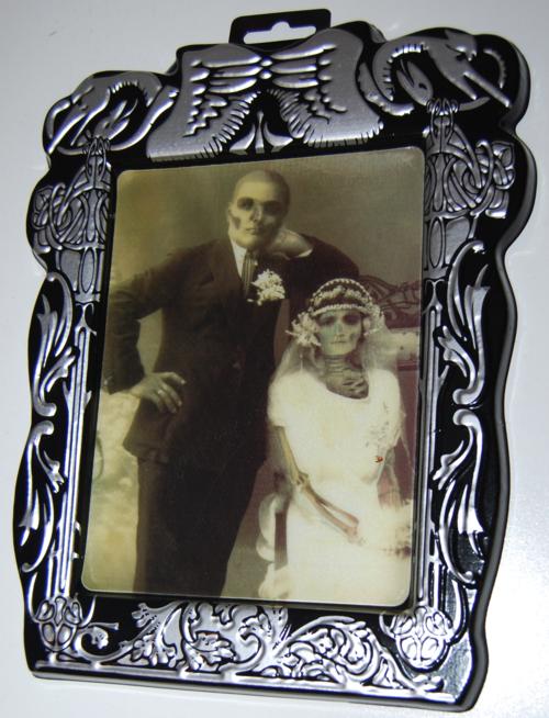 Lenticular halloween portrait x