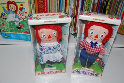 Vintage knickerbocker raggedy ann & andy