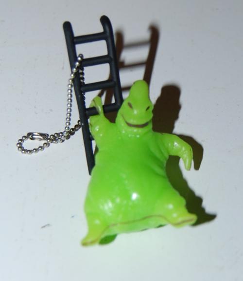 Oogie boogie glow keychain x