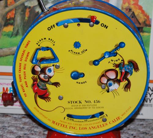 Mattel tin kitty clock