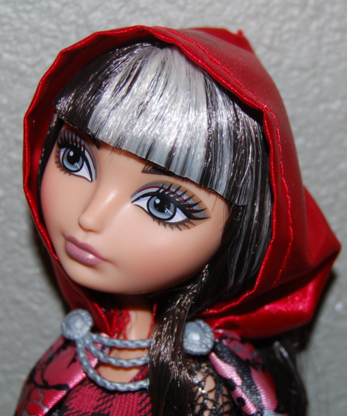 Ever after doll cerise hood 10
