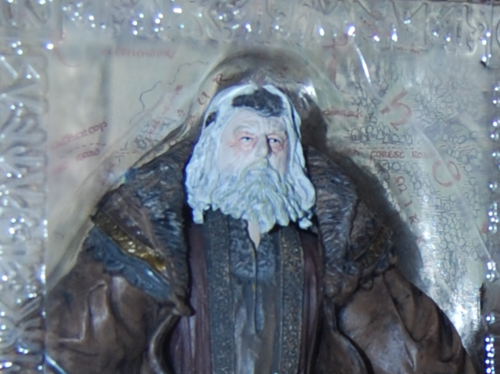 Lord of the ring two towers possessed king theoden figure 2