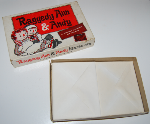 Raggedy ann stationery 2